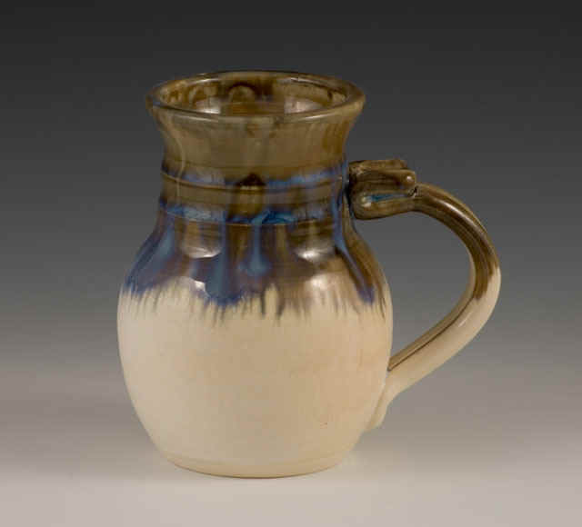 handmade pottery fat belly mug in Gauley Green.